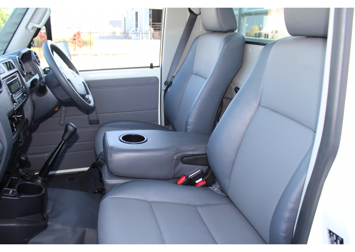 Toyota Land Cruiser 70 Series Front Centre Seat Conversion
